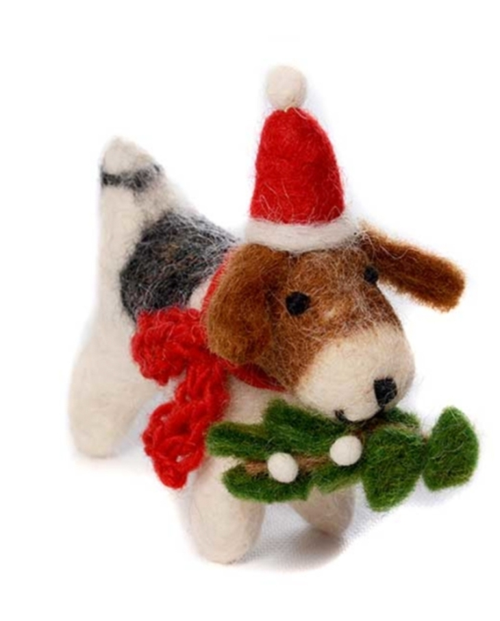 dog-fox-terrier-with-misteletoe-wool-felt-christmas-tree-decoration-pin-broch-perfect-christmas-presents-dog-lovers-guide-perfect-cocker-spaniel-blog