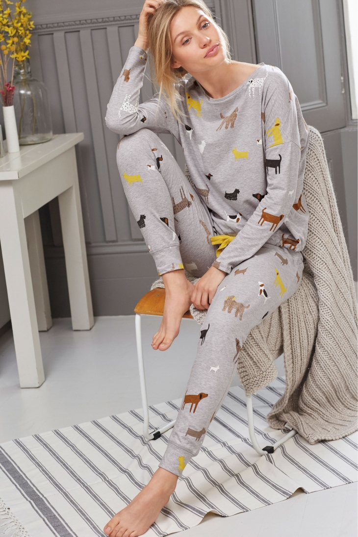 dog-printed-pyjamas-best-christmas-resents-for-dog-lovers-gift-guide-perfect-cocker-spaniel-blog